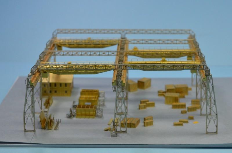 Grande grue 250 t port de Hambourg et Bismarck au 1/350 - Page 2 WO8rYD