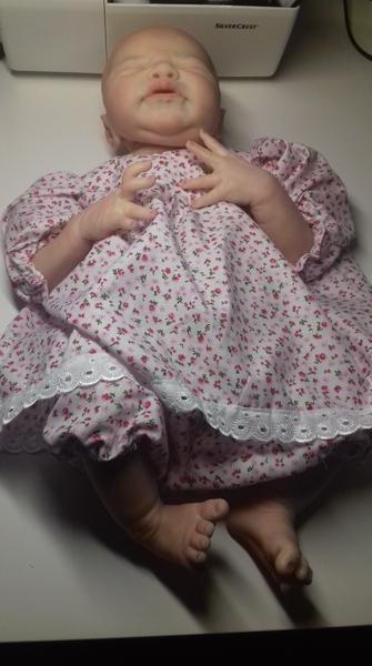 Ein Kleid mit Hose BQ2IIu