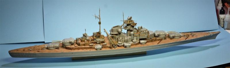 Grande grue 250 t port de Hambourg et Bismarck Revell au 1/350 - Page 6 BeGttj