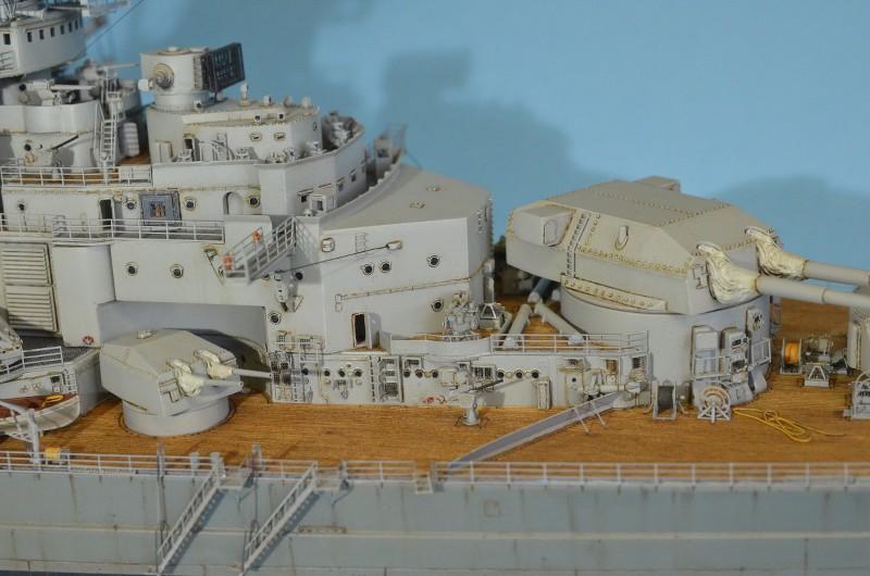 Grande grue 250 t port de Hambourg et Bismarck au 1/350 - Page 16 Dm1W1W