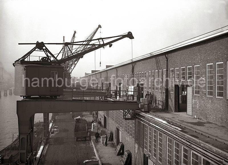 Grande grue 250 t port de Hambourg et Bismarck au 1/350 EPb5JI