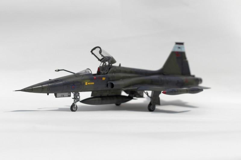 tiger - CF-5A TIGER HOBBIES 1/48 FQROmD