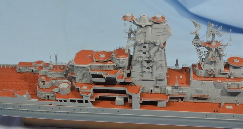 Diorama Class KIROV et Class SLAVA au 1/350 – Kit Trumpeter - Page 3 JeCVnK