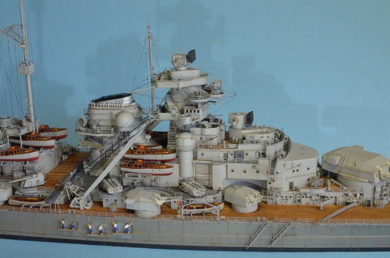 Grande grue 250 t port de Hambourg et Bismarck au 1/350 - Page 16 L10tTS