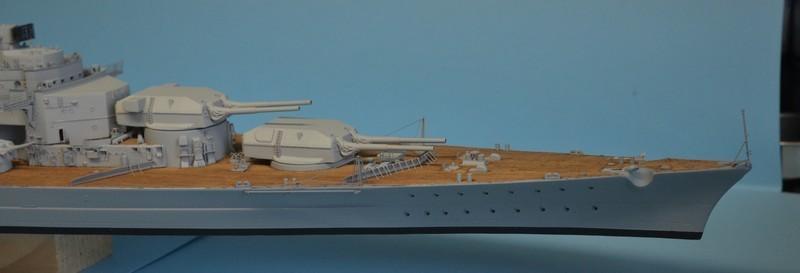 Grande grue 250 t port de Hambourg et Bismarck Revell au 1/350 - Page 9 P9V7GQ