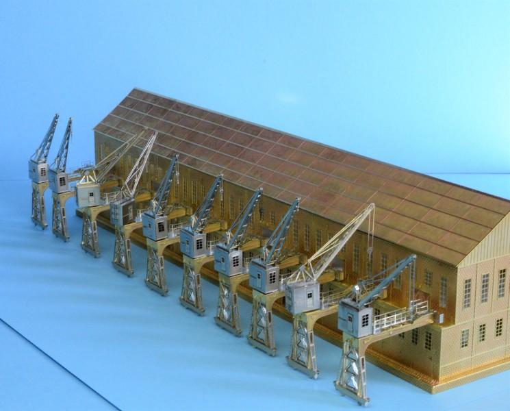 Grande grue 250 t port de Hambourg et Bismarck Revell au 1/350 - Page 3 TAf1HN
