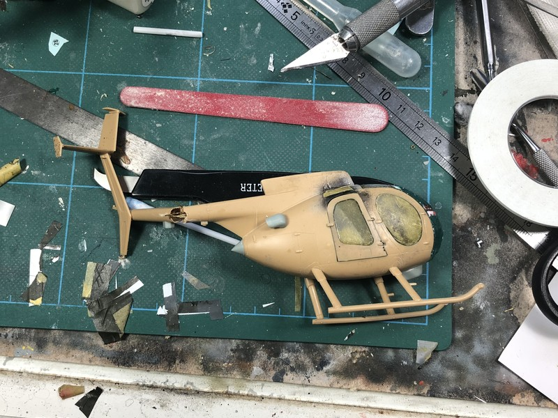 AH-6 ACADEMY 1/48 Double montage VyeH5F