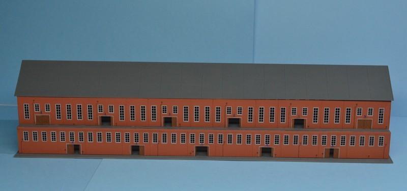 Grande grue 250 t port de Hambourg et Bismarck au 1/350 - Page 12 XXjmtL