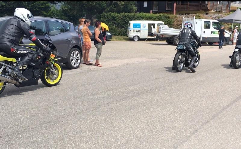 Ici le CR et les Photos de la 28eme Course de Cote de Motos Anciennes du Gaschey du 14.07.2018 07XgsR