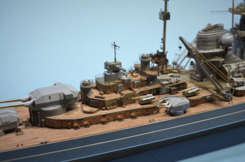 Grande grue 250 t port de Hambourg et Bismarck Revell au 1/350 - Page 6 0ccOLc