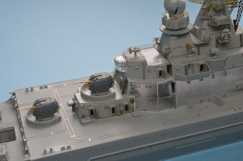 Diorama Class KIROV et Class SLAVA au 1/350 – Kit Trumpeter  15kBiU