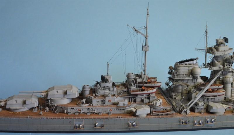 Grande grue 250 t port de Hambourg et Bismarck au 1/350 - Page 16 4Ttalj