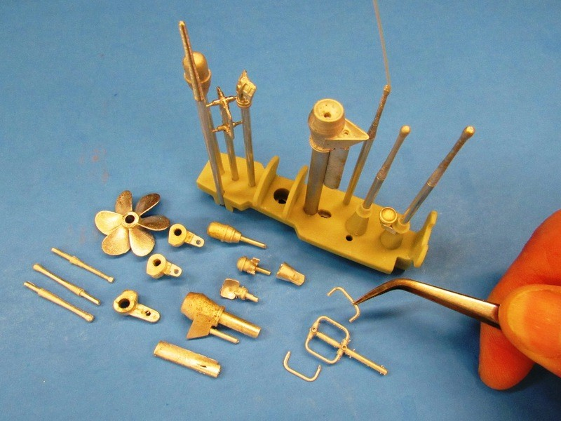 assembling the SWM 1/96 KILO GdlAqV