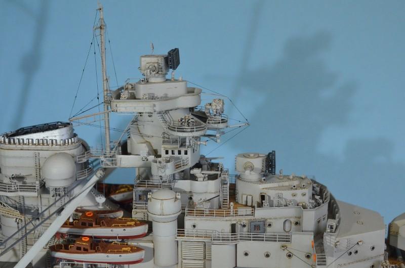 Grande grue 250 t port de Hambourg et Bismarck au 1/350 - Page 16 HYp50p
