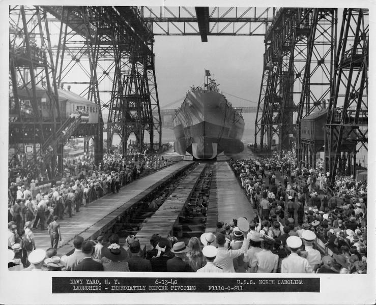 Grande grue 250 t port de Hambourg et Bismarck au 1/350 - Page 3 IeUmFo