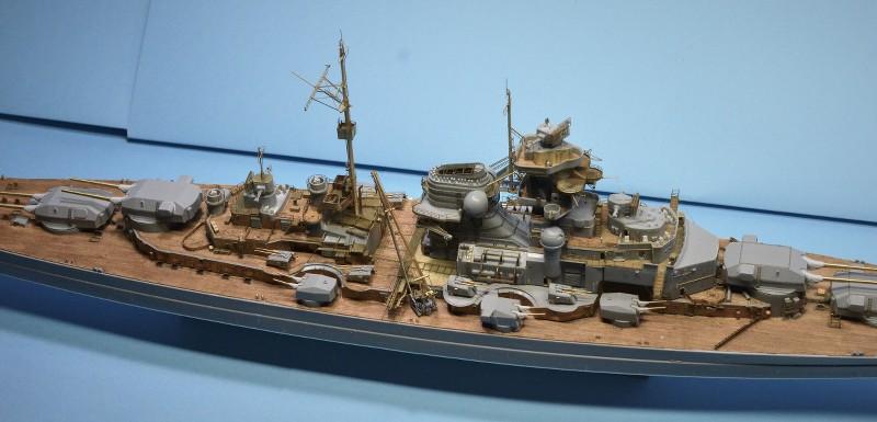 Grande grue 250 t port de Hambourg et Bismarck Revell au 1/350 - Page 6 LiWuh8