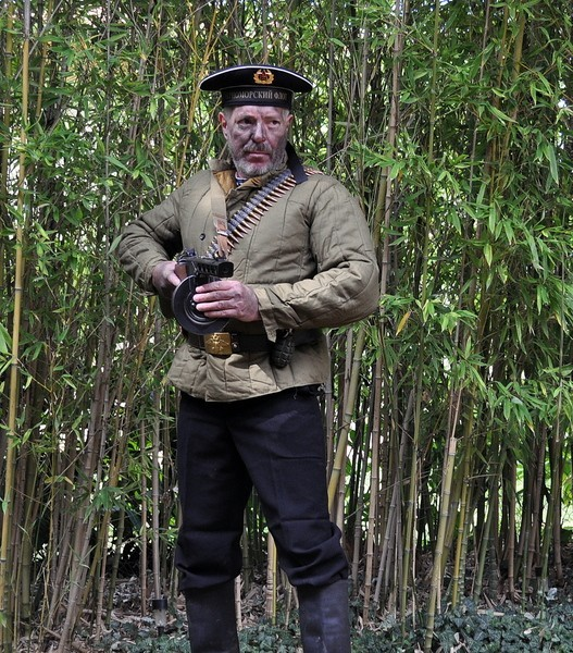 Tenue 3: Soldat russe (WW2) SJwb09