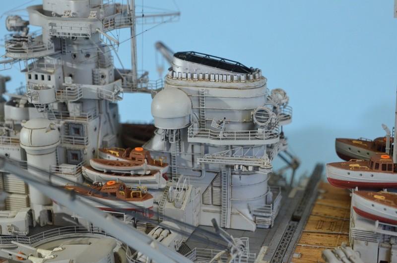 Grande grue 250 t port de Hambourg et Bismarck au 1/350 - Page 16 XoM5EP