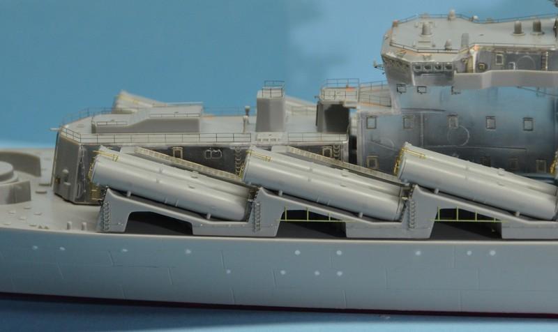 Diorama Class KIROV et Class SLAVA au 1/350 – Kit Trumpeter - Page 3 B67Hcx