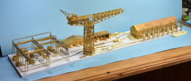 Grande grue 250 t port de Hambourg et Bismarck au 1/350 - Page 6 EkMxTE