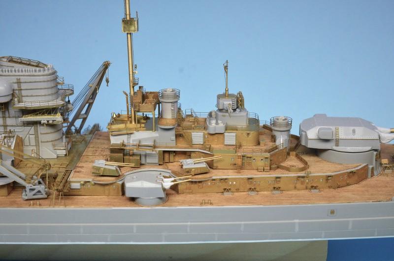 Grande grue 250 t port de Hambourg et Bismarck Revell au 1/350 - Page 6 LXXvFl