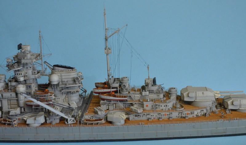 Grande grue 250 t port de Hambourg et Bismarck au 1/350 - Page 16 MHFyLr