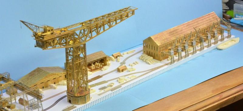 Grande grue 250 t port de Hambourg et Bismarck au 1/350 - Page 6 Qv4XC3