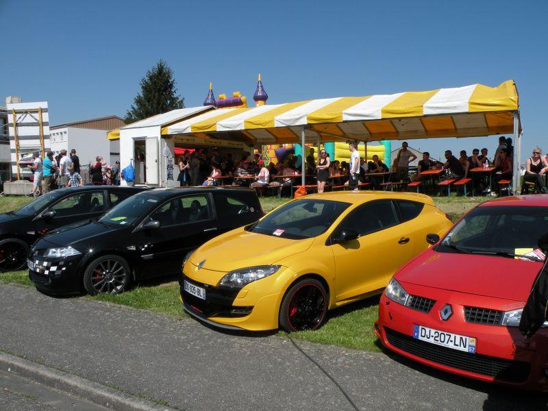 Ici le CR et les photos du  7ème Salon Auto à Lemberg 57620 du 8.05. 2016 TbKOlg