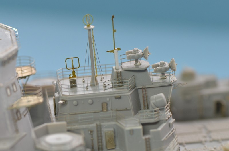 Diorama Class KIROV et Class SLAVA au 1/350 – Kit Trumpeter  1yCo0i