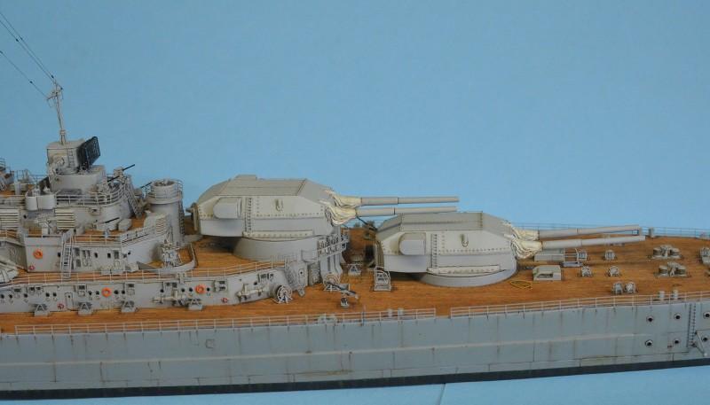 Grande grue 250 t port de Hambourg et Bismarck au 1/350 - Page 16 3c3HlO