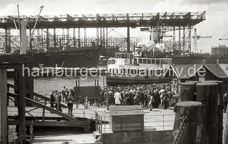 Grande grue 250 t port de Hambourg et Bismarck au 1/350 - Page 3 6RBZlV