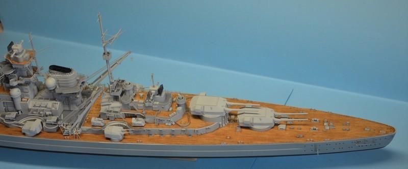 Grande grue 250 t port de Hambourg et Bismarck Revell au 1/350 - Page 9 EtHIyu