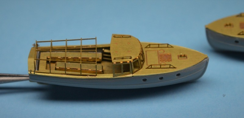 Grande grue 250 t port de Hambourg et Bismarck Revell au 1/350 - Page 6 HnUYWh