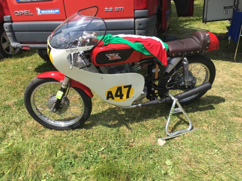 Ici le CR et les Photos de la 28eme Course de Cote de Motos Anciennes du Gaschey du 14.07.2018 IJCdbz