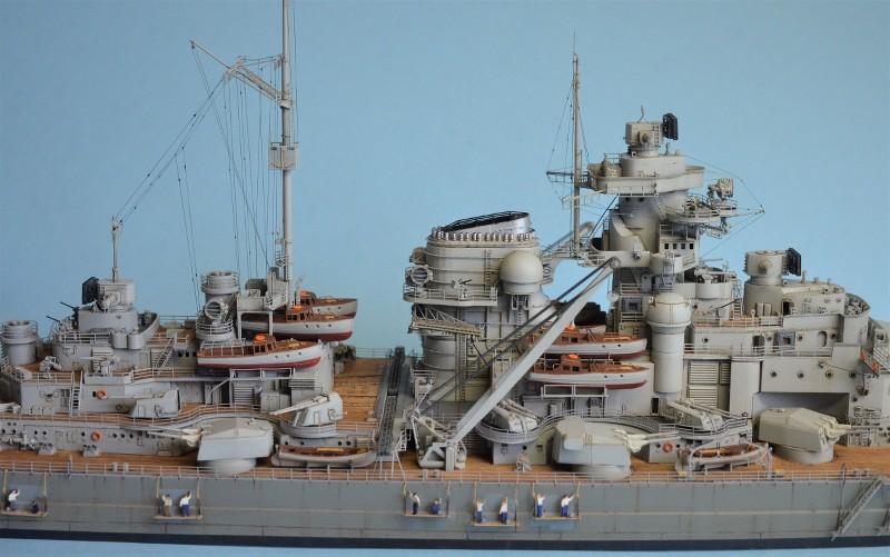 Grande grue 250 t port de Hambourg et Bismarck au 1/350 - Page 16 L5zqAy