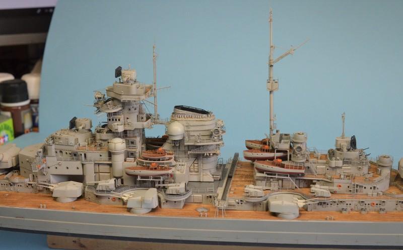 Grande grue 250 t port de Hambourg et Bismarck Revell au 1/350 - Page 9 OU1PjT