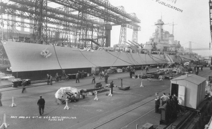 Grande grue 250 t port de Hambourg et Bismarck au 1/350 - Page 3 OgJBxc