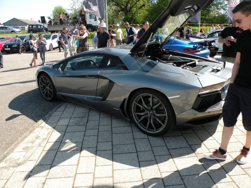 Ici le CR et les photos du  7ème Salon Auto à Lemberg 57620 du 8.05. 2016 YhN2vW