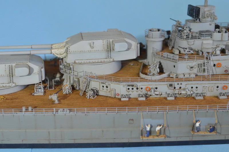 Grande grue 250 t port de Hambourg et Bismarck au 1/350 - Page 16 ZYX2Et