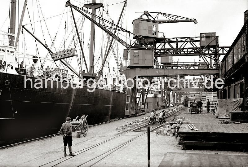 Grande grue 250 t port de Hambourg et Bismarck au 1/350 AcohDL
