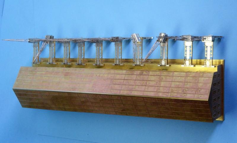 Grande grue 250 t port de Hambourg et Bismarck Revell au 1/350 - Page 3 MJmRap