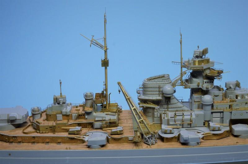 Grande grue 250 t port de Hambourg et Bismarck Revell au 1/350 - Page 6 OZa79I