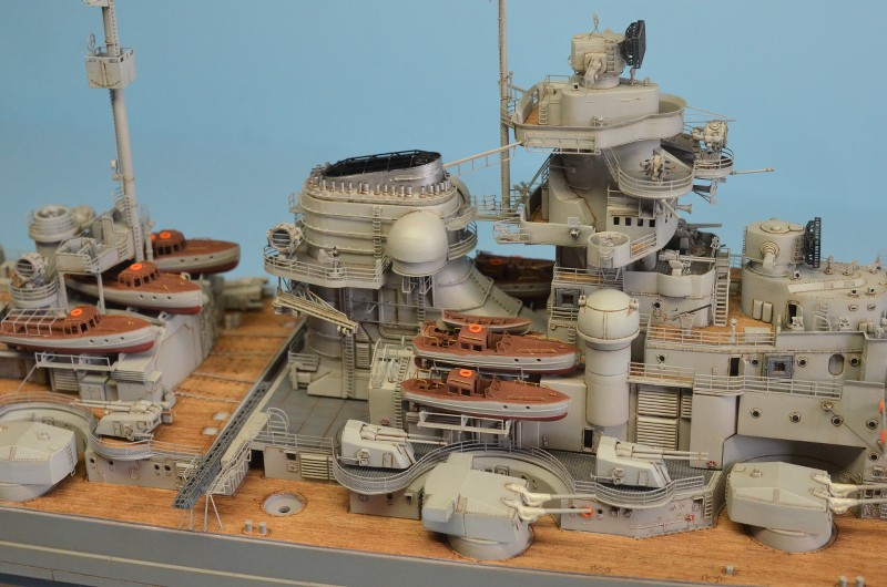 Grande grue 250 t port de Hambourg et Bismarck Revell au 1/350 - Page 9 T4EPTe