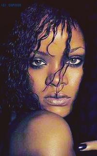 Rihanna Fenty IyhY7B