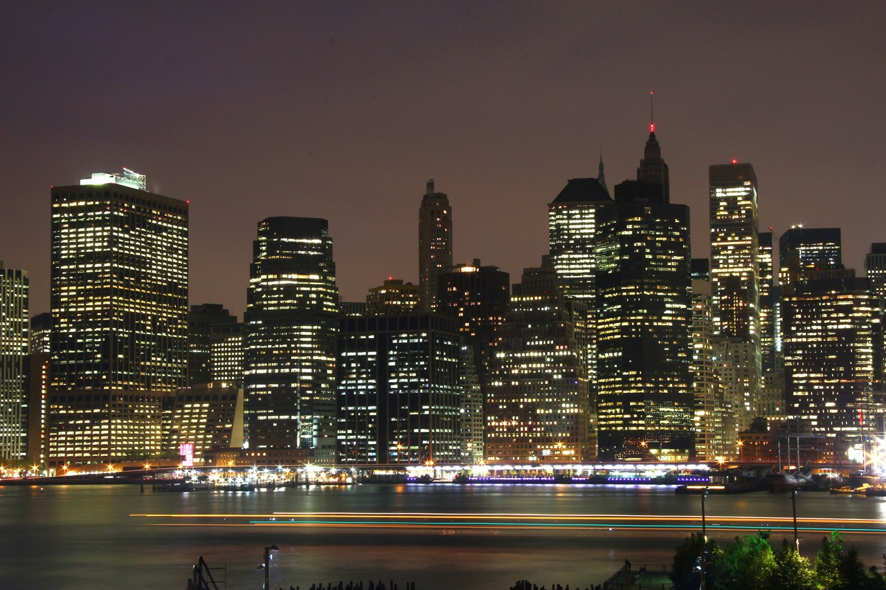 New York by night L9phEM