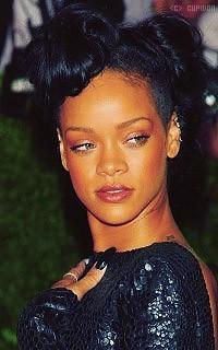 Rihanna Fenty VqOTVr