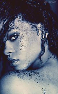Rihanna Fenty 7tlDMl