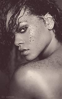 Rihanna Fenty NrpdtX