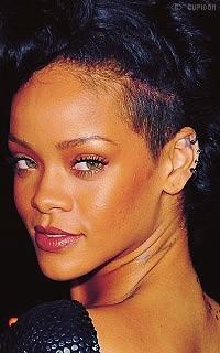 Rihanna Fenty Gk9v1z