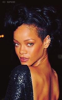 Rihanna Fenty CnDsEA